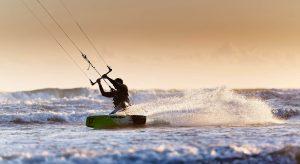 Les joies de la glisse au Camping L'EDEN destination surf à Brétignolles sur Mer