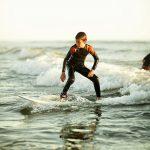Camping L'Eden destination surf à Brétignolles sur Mer pendant les vacances de la Toussaint